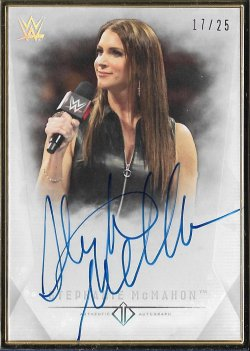 2019 Topps WWE Transcendent Collection Stephanie McMahon #ed 17/25