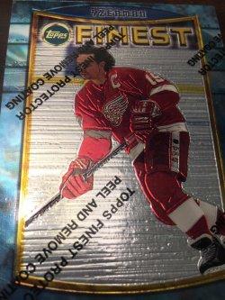 1995 Topps Finest NHL STEVE YZERMAN #84 Detroit RedWing HOF Captain #19