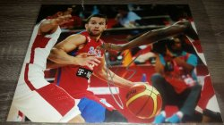 JJ Barea 8x10 Photo IP Autograph