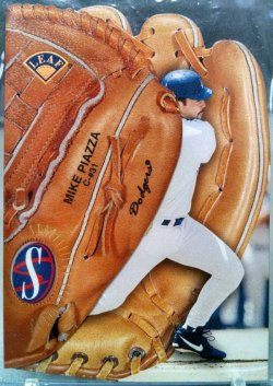 1997 Leaf  Mike Piazza statistical standouts