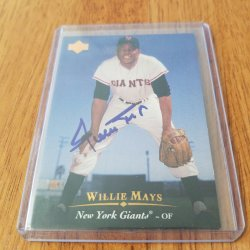 1995 Upper Deck  Willie Mays AU