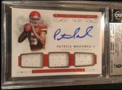 2017 Panini Panini National Treasures Rookie NFL Gear Triple Material Signatures #15 Patrick Mahomes II/99