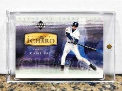 2001 Upper Deck Ultimate Collection Ichiro Suzuki w/ Game Used Bat