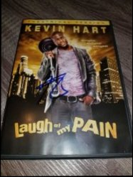 2011  Laugh At My Pain DVD Cover Kevin Hart IP Autograph