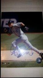 Ichiro Suzuki 8x10 Photo IP Autograph