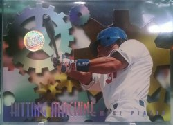 1996 Fleer Ultra Mike Piazza hitting machines gold medallion