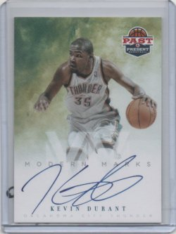 2011 Panini Past Present Kevin Durant Modern Marks