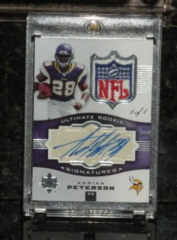 2007 Ultimate Collection Adrian Peterson Rookie Signatures NFL Logo/1 of 1 (DONT HAVE)