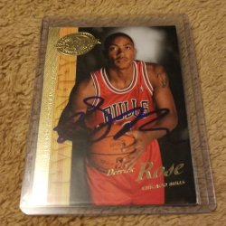 2008 Upper Deck 20th Anniversary Hobby Preview Derrick Rose RC IP Auto