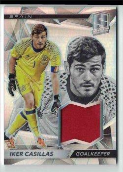 2016-17 Panini Spectra Iker Casillas