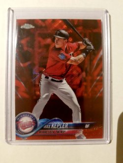2018 Topps Chrome Max Kepler Red Wave